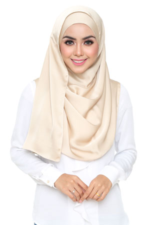 light-gold-selyna-shawl-lunalulu4