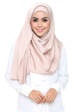 light-mocha-selyna-shawl-lunalulu4