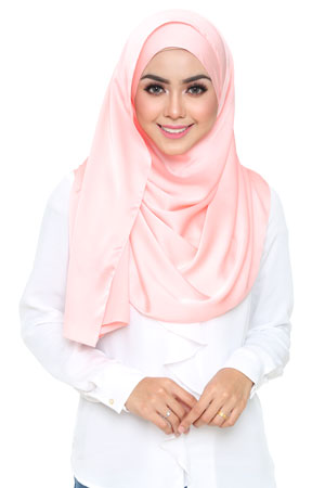 light-peach-selyna-shawl-lunalulu4