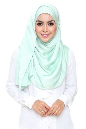 pale-green-selyna-shawl-lunalulu4